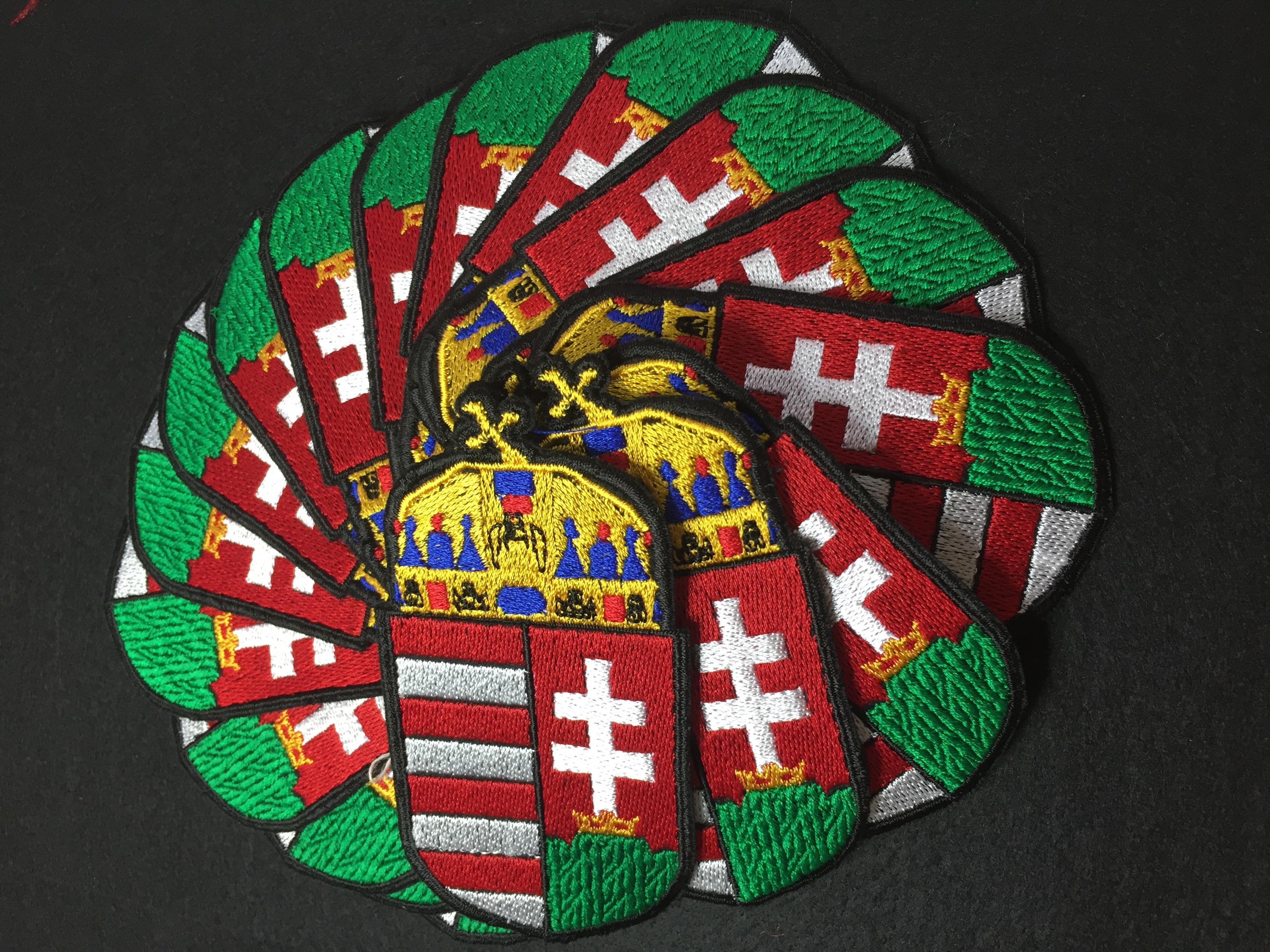 Magyar címer felvarró - Tépőzárral JETfly Military Webshop 9de4095f19